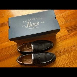 US size 7.5 M/ mint condition(only wear once)